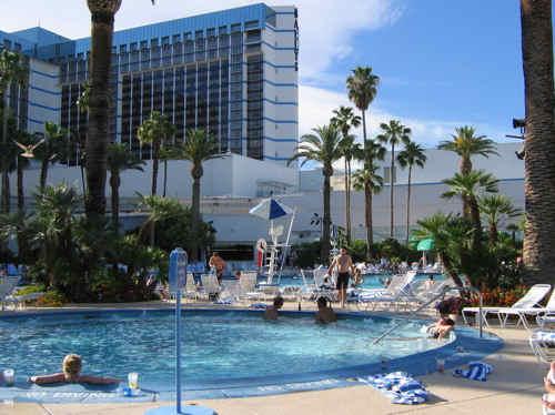 Ballys casino las vegas pool