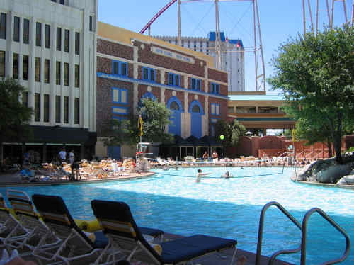 New York New York Hotel Casino Pool Images